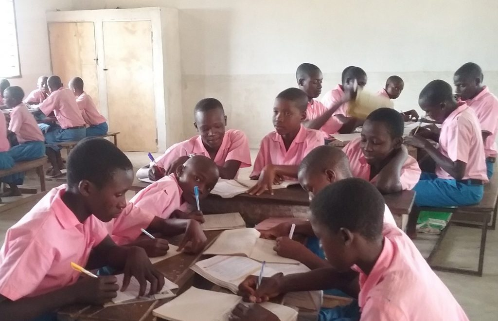 Kundeni Primary School students in their new classroom