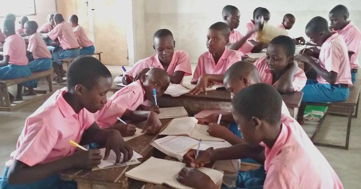 Kundeni Children studying