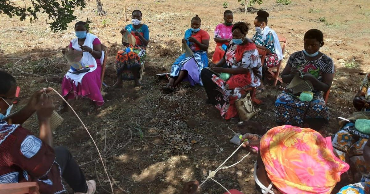 Mothers of the Forest making mats