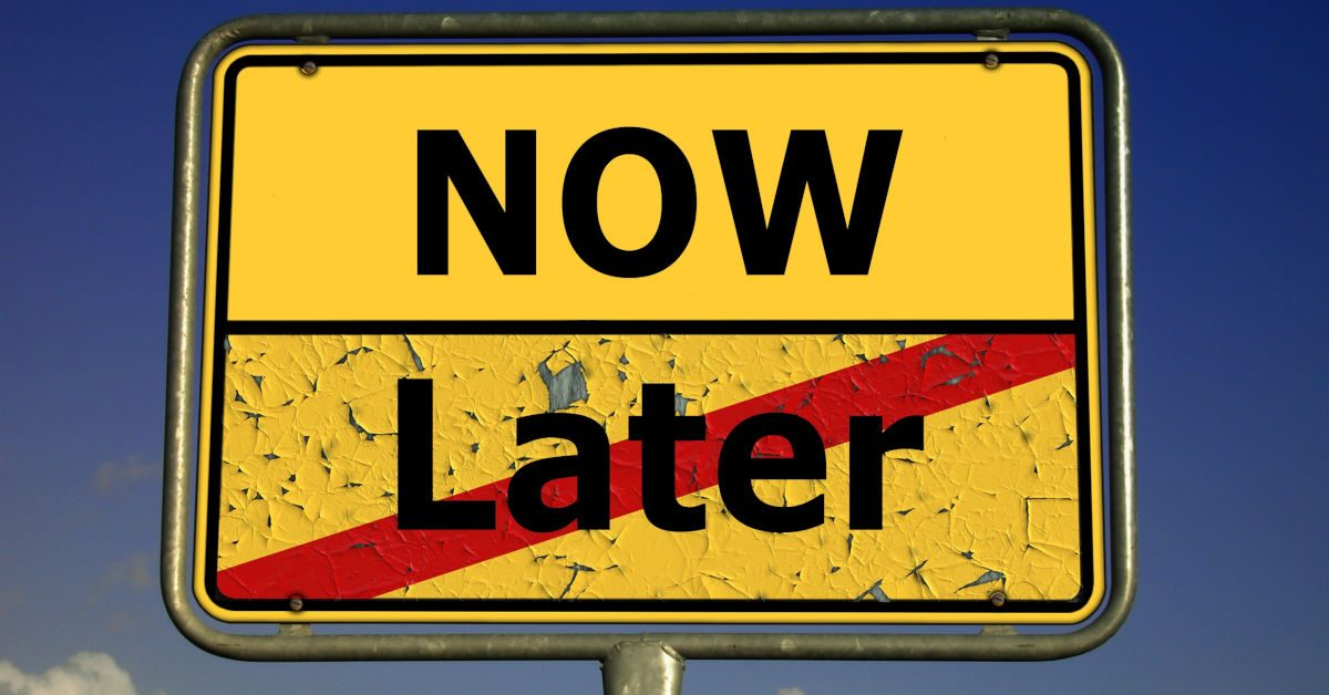 Road sign leaving Later entering Now Image by Gerd Altmann from Pixabay
